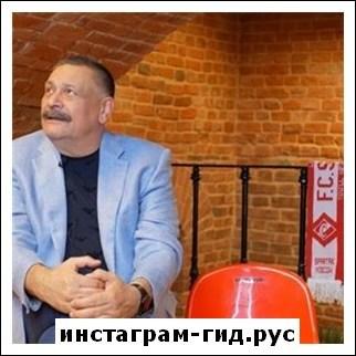 Дмитрий Назаров